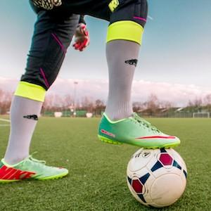 Fotbollsspelare varnas för matchfixning